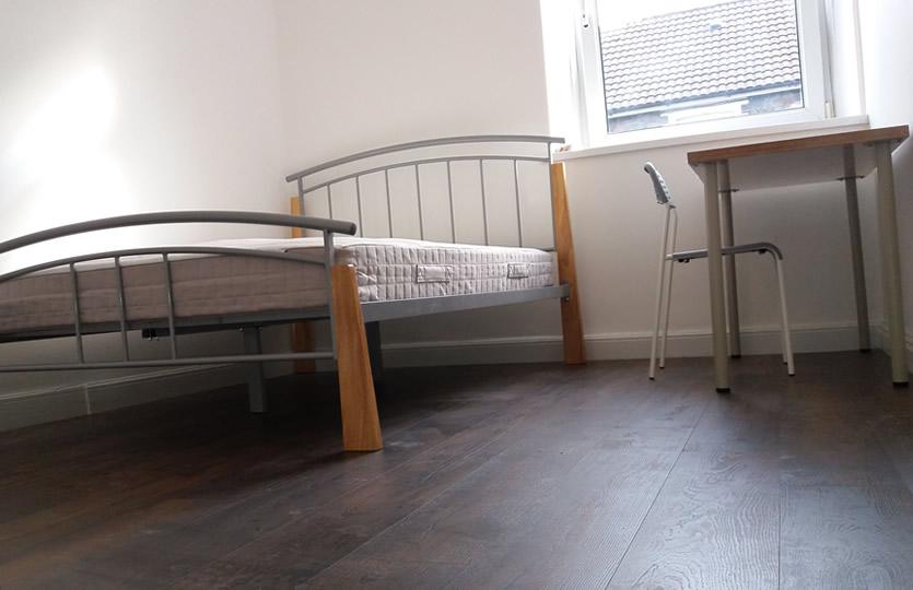 Habitación doble delantera con cama doble